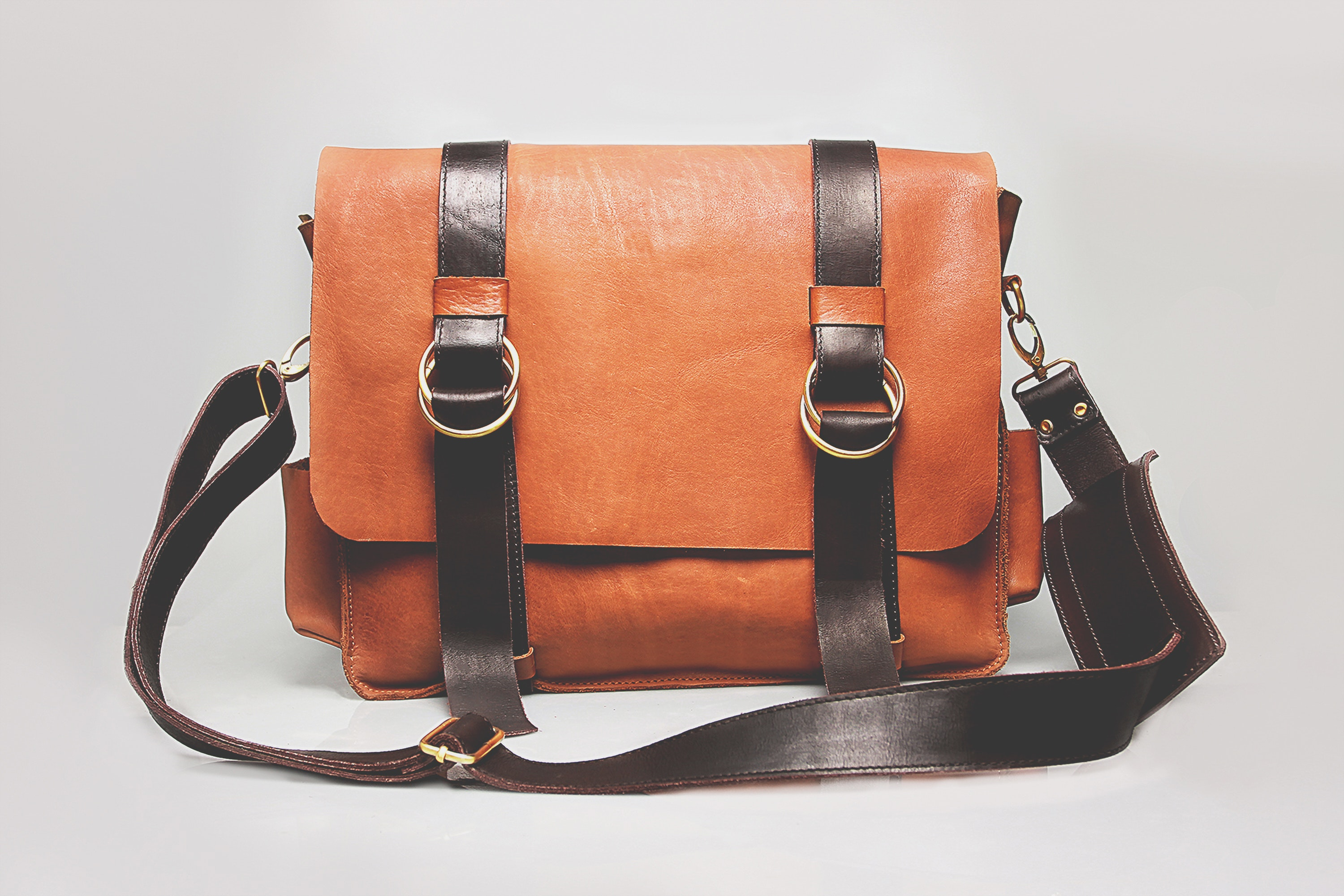 Damaged Leather bag repairing by Machine